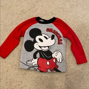 Toddler boys sweatshirt.